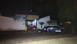 Assaltantes morrem após confronto com a polícia em roubo a loja de ferramentas