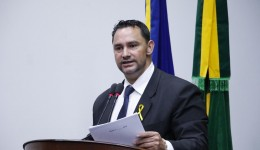 Juarez de Oliveira solicita melhorias no trânsito do Jardim Novo Horizonte e Parque do Lago