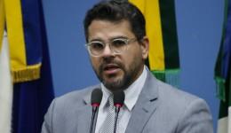 Mauricio pede construção de abrigo para animais abandonados anexo ao CCZ