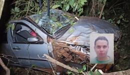 Rapaz de 25 anos morre após perder controle e capotar carro