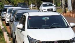 Veículos com placas finais 5 e 6 tem até sexta-feira para licenciar