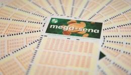 Mega-Sena acumula e pode pagar R$ 12,5 milhões