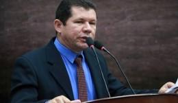 Olavo Sul é contra votação de projetos em regime de urgência no que diz respeito do funcionalismo público municipal.