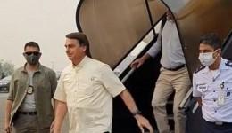 Avião de Bolsonaro arremete em MT por causa da fumaça de queimadas; presidente minimiza estragos