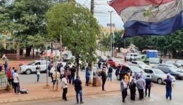 Comerciantes exigem reabertura do comércio da fronteira