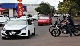 Licenciamento de veículos com placa final 9 pode ser feito via internet
