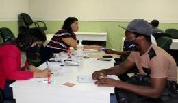 Parceria regulariza mais de 90 passaportes de imigrantes em MS