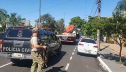 Garras e Prefeitura estão nas ruas retirando as banquinhas do jogo do bicho