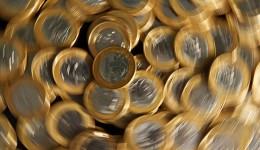 Salário mínimo passa a valer R$ 1,1 mil a partir desta sexta-feira