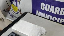 Cocaína e apreendida pela Guarda Municipal