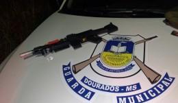 Réplica de fuzil é encontrado pela Guarda Municipal em festa de rua
