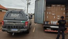 Caminhão carregado com 20 mil pacotes de cigarros contrabandeados foi apreendido pelo DOF durante  Operação