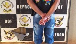 Homem é preso carregando drogas em cabine de caminhão para se livrar de fiscalização