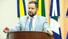 Jânio Miguel solicita melhorias para bairros
