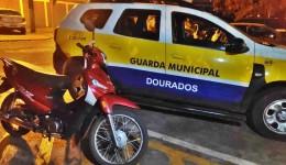 MOTO FURTADA NO PARAGUAI É RECUPERADA EM DOURADOS PELA GM