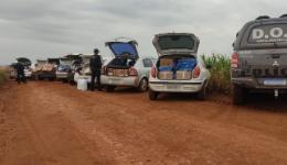Nove veículos que seguiam em comboio com mercadorias ilegais foram apreendidos pelo DOF