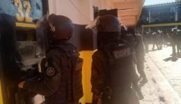 Após detento ser baleado na PED, operação pente fino encontrou pistolas e granada