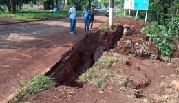 Nova cratera se abre na Av. Presidente Vargas