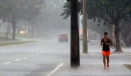 Contrastes: chuva forte no sul e calor de até 39°C na região pantaneira