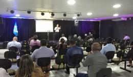 Sergio Nogueira ministra palestra que abordou políticas sobre suicídio em Seminários da UCVMS
